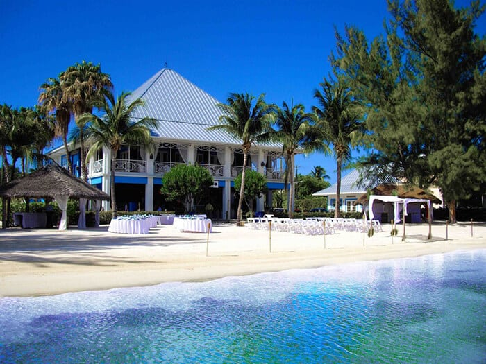 Kaibo Beach Bar - Restaurants in Grand Cayman